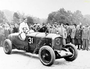 Bentley 1929 Brooklands 500 Mile Winner Barclay & Clement in paddock. Photo